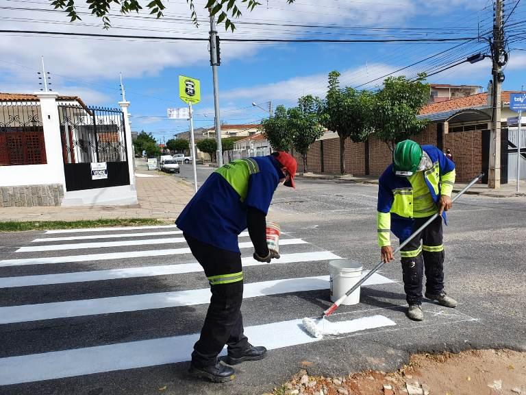 STTRANS 4 - STTRANS continua com os trabalhos de revitalização de sinalização viária e troca de semáforos por LED