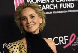 Sharon Stone revela que sofreu ameaça de demissão por exigir atuar só com vacinados