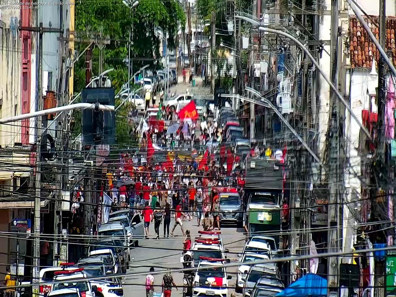 WhatsApp Image 2021 07 03 at 11.41.55 - Manifestantes protestam contra Bolsonaro e pedem impeachment do presidente em João Pessoa - VEJA IMAGENS