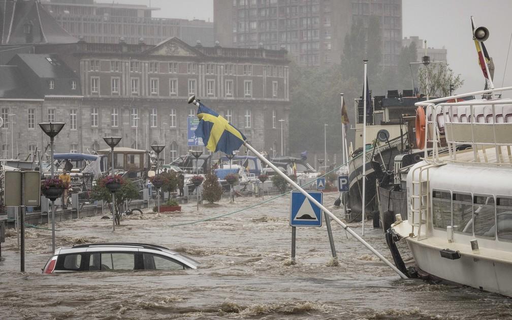 ap21196486621746 - TRAGÉDIA NA EUROPA: Sobe para 126 o número de mortos após fortes chuvas; Alemanha é o país mais afetado em 59 anos