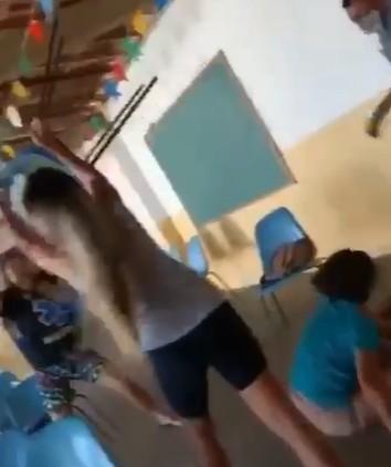 bayeux - CONFUSÃO EM BAYEUX: Na fila da vacinação, mulheres brigam, gritam e jogam cadeiras entre si - VEJA VÍDEO