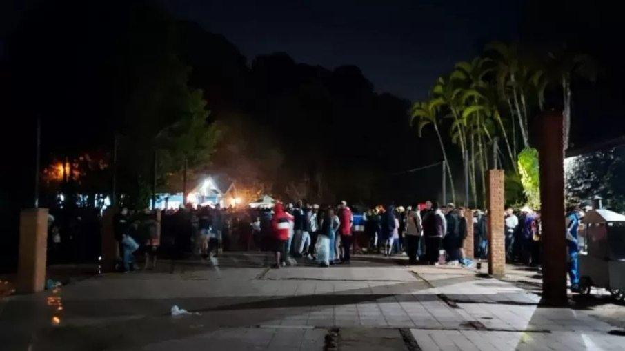 bqp4mbert2bmtk3chnitgof7e - FESTA DA COVID: Guarda Municipal fecha festa clandestina com 4 mil pessoas