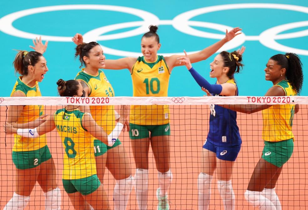 brasil volei - Brasil vence a Coreia na estreia do vôlei feminino em Tóquio