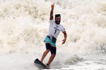 CAMPEÃO: Ítalo Ferreira conquista 1º ouro olímpico do surfe para o Brasil