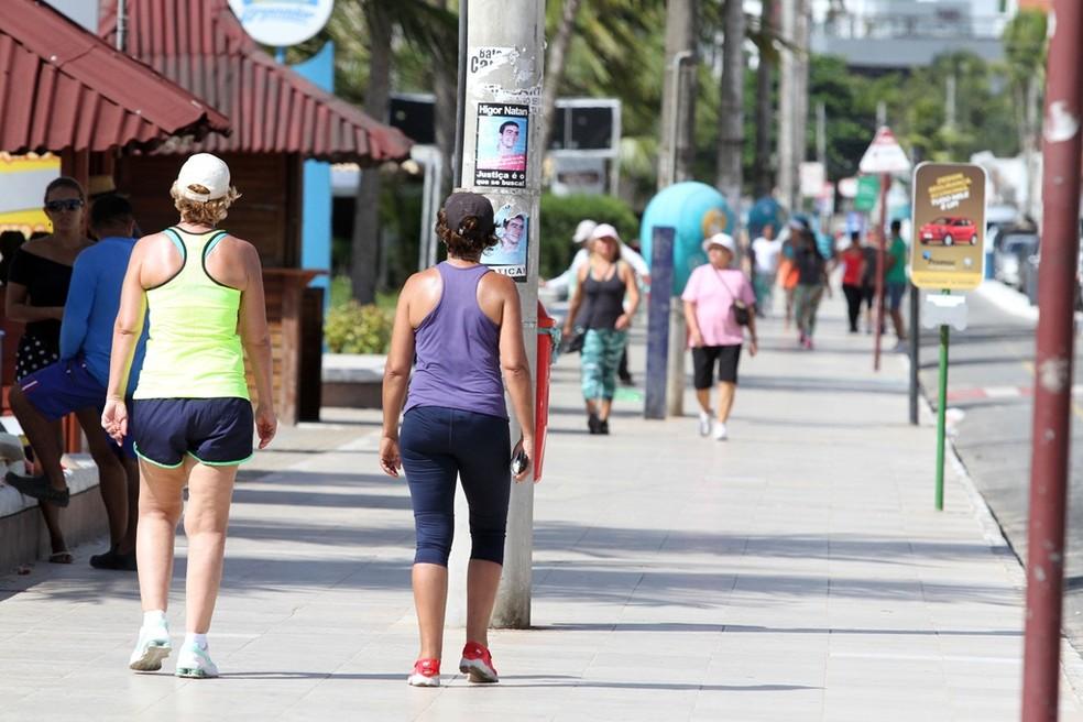 caminhada joao pessoa - Decreto de João Pessoa libera o funcionamento de bares até às 00h e mantém vedada a permanência de pessoas no largo de tambaú
