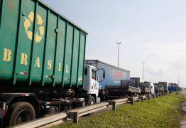 Para cobrar Bolsonaro, caminhoneiros anunciam nova ameaça de greve