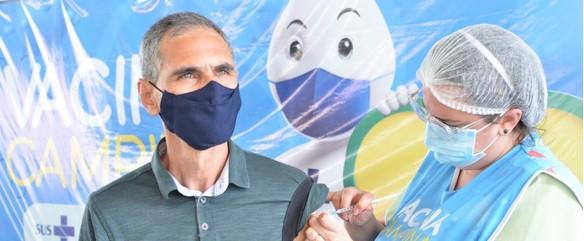 Campina Grande aplica segunda dose de vacina contra Covid-19 nesta sexta-feira (23)