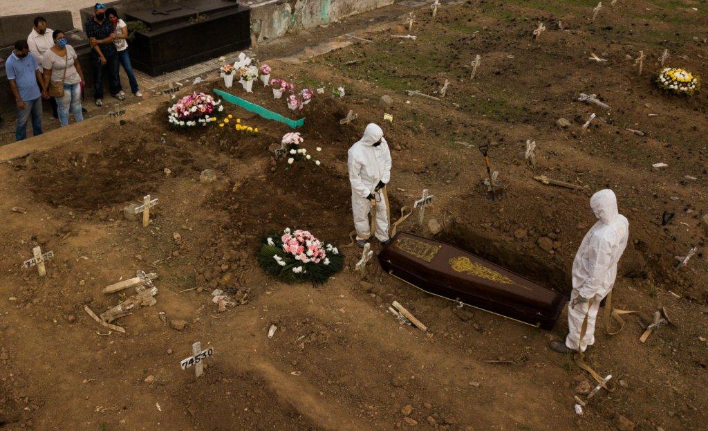 covid 1 - Covid: Brasil registra mais 1.433 mortes e 3º dia com média abaixo de 1.500