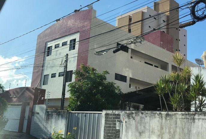 csm WhatsApp Image 2021 07 30 at 07.11.22 92d3134162 - Homem pula de prédio para tentar fugir da polícia em João Pessoa