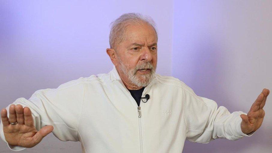 ed4wvjio5m6wqu6wqf08s9n3k - 'Qual é a nova política do Bolsonaro? Ficar refém do centrão? Não cumpriu uma coisa que falou', diz Lula