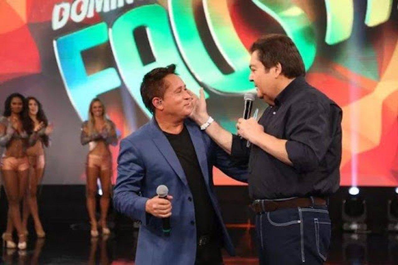 faustao leonardo - Faustão define atração musical de sua estreia na Band; artista foi 70 vezes ao Domingão,saiba quem é