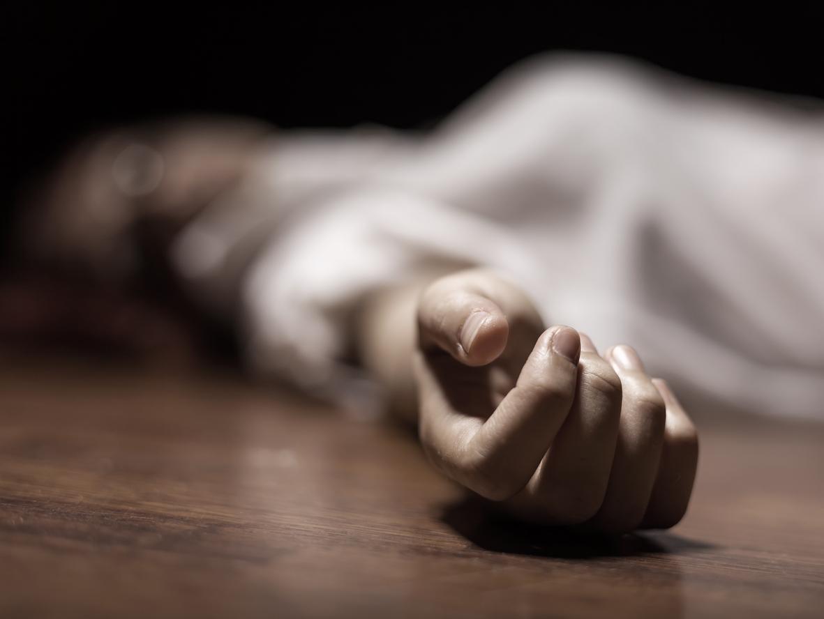 feminicidio 2 - CRUELDADE! Mulher com criança no colo é morta a tiros por companheiro, casal tinha histórico de violência