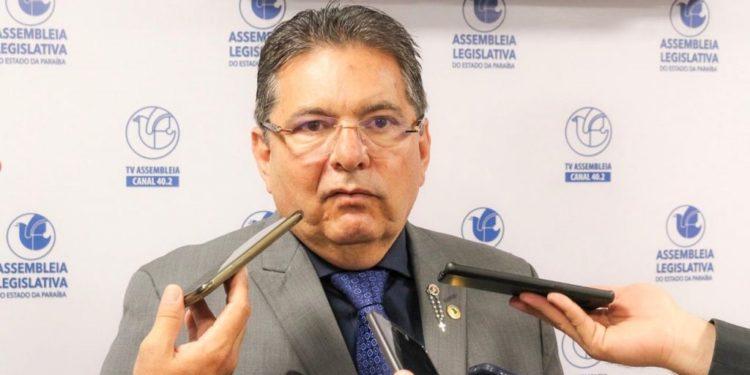 """galdino 750x375 1 - """"Irá ser exigido o cartão de vacinação para adentrar na Assembleia"""", confirma Adriano Galdino ao detalhar retorno das atividades presenciais"""