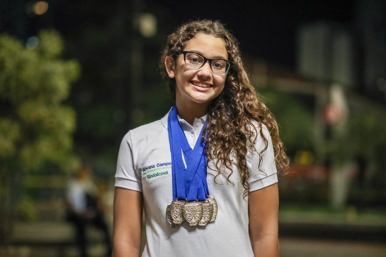 giovana1 - BRILHA MUITO: paraibana Giovanna Campos é promessa em campeonato brasileiro de natação