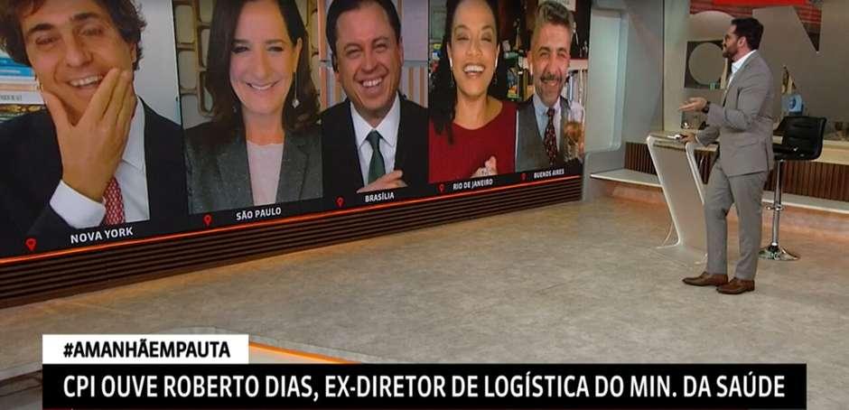 globonews - CLIMA DE COMÉDIA: Jornalistas riem de colega que não percebeu estar ao vivo