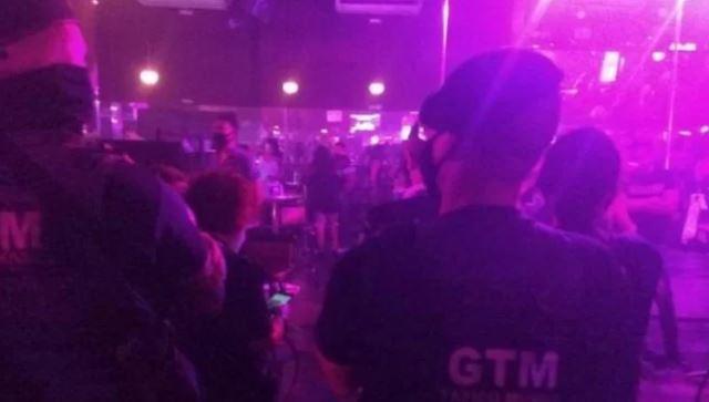 gtm - Casa de swing é fechada e multada após festa com mais 300 pessoas