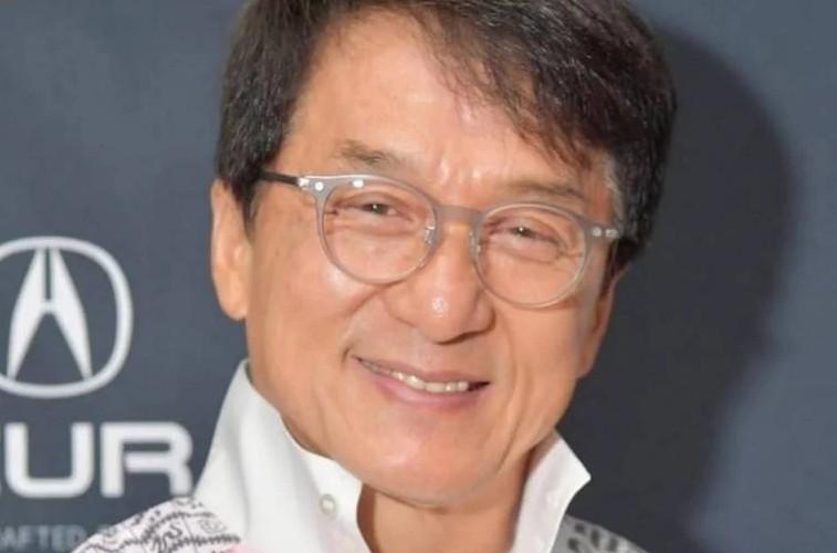 jachk - Jackie Chan diz que deseja ser um membro do Partido Comunista Chinês