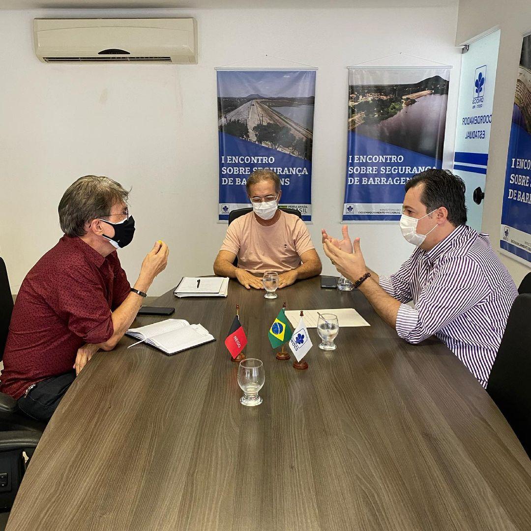 """junior araujo dnocs 1 - No DNOCS, deputado Júnior Araújo busca reverter erro em obra da barragem de Engenheiro Ávidos: """"Valorização da nossa história"""""""