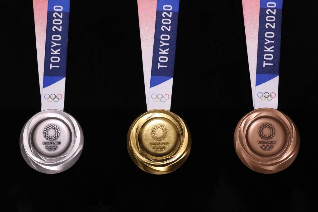 medalha olimpiadas tokyo 2020 1d177960 - Primeiros medalhistas da Olimpíada de Tóquio começam a ser conhecidos no sábado; saiba quais modalidades disputarão