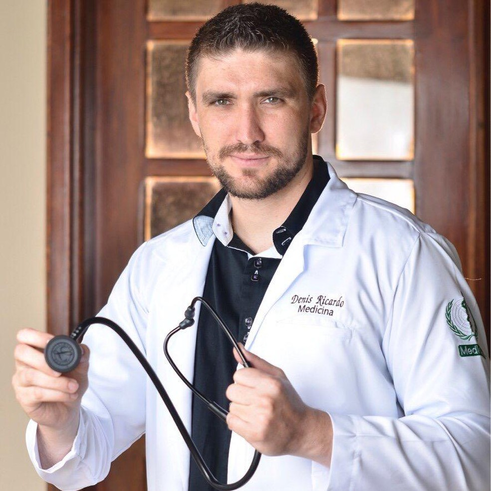 medico 2 - Casal estava sorrindo minutos antes de médico sofrer choque e morrer nas vésperas do casamento