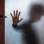 """naom 582dca5e834ea 150x150 - Mãe confessa que matou vizinho que abusou do filho: """"Não me arrependo"""""""