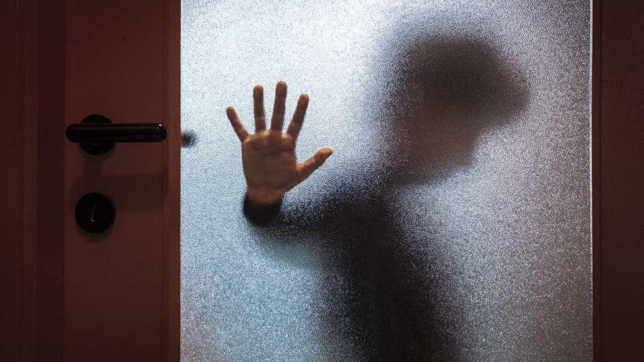 """naom 582dca5e834ea scaled - Mãe confessa que matou vizinho que abusou do filho: """"Não me arrependo"""""""