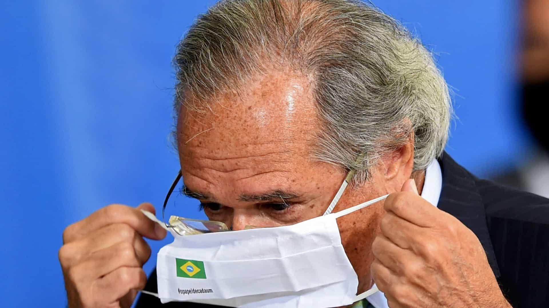 naom 60890f7049aa4 - Denúncias de corrupção em compra de vacinas ameaçam reformas e preocupam Guedes
