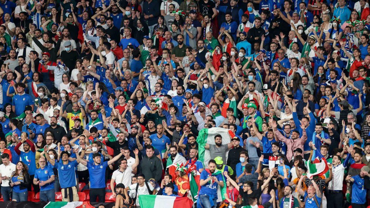 naom 60ec33169f3b5 scaled - Seleção da Itália é recebida com festa em Roma após o título da Eurocopa