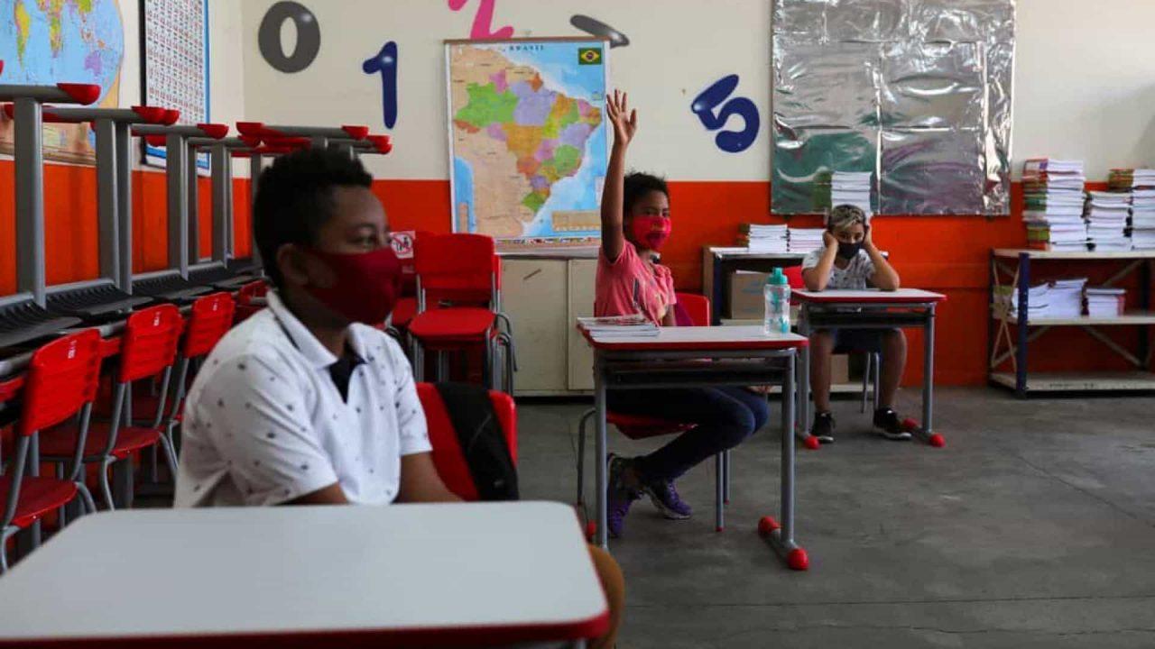 naom 60ecb2c21163a scaled - VOLTA ÀS AULAS: maioria dos Estados deve ter escolas abertas em agosto