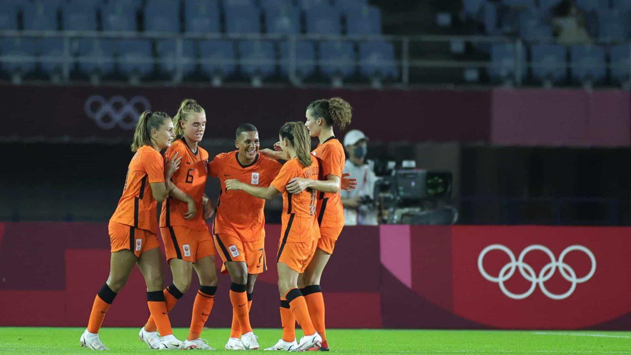 naom 60f826faf15b9 scaled - Holanda, próxima rival da seleção brasileira no futebol feminino, marca 10 a 3 em Zâmbia