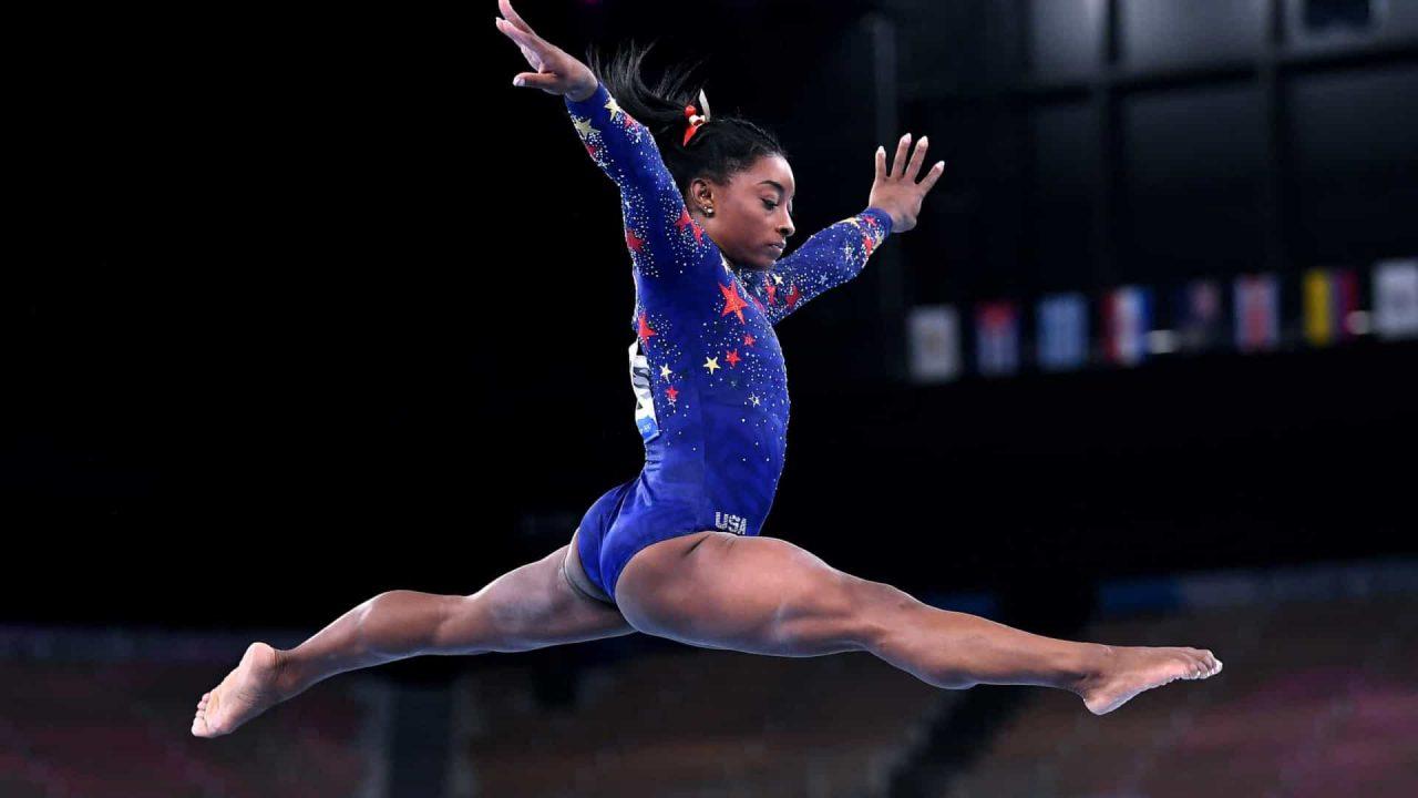 naom 60fdd6be3a6cd scaled - Fenômeno da ginástica, Simone Biles é, aos 24 anos, o grande nome da Olimpíada