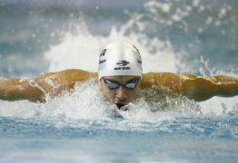 Nadador brasileiro Leonardo de Deus avaça às semifinais nos 200 metros borboleta