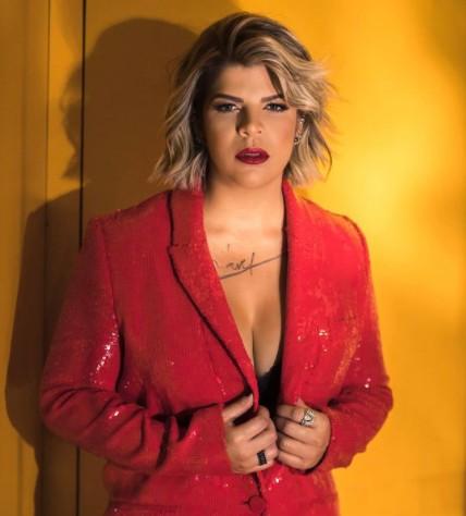 """paula mattos sertanejo - Paula Mattos se assume gay e diz ser casada há nove anos com uma mulher: """"Quem me ama vai me aceitar"""" - VEJA VÍDEO"""
