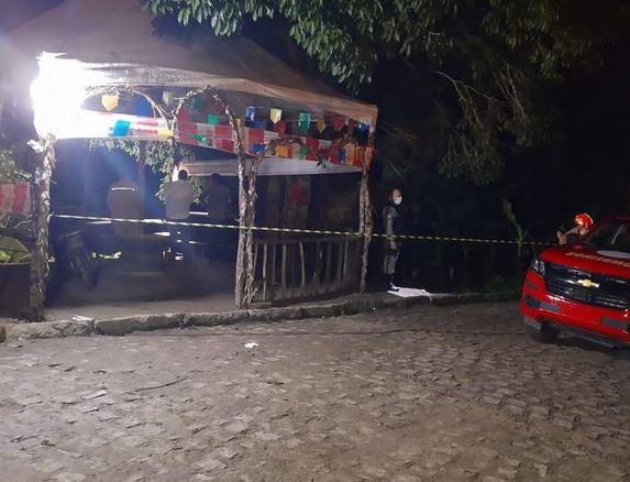 persegg - Dois suspeitos são presos e uma pessoa é morta durante perseguição policial na noite desse sábado (17)