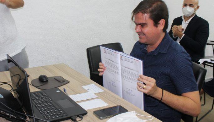 posse novos concursados 683x388 1 - CONCURSO EM CABEDELO: Mais 39 aprovados são empossados pela prefeitura; nomeação aconteceu por videoconferência