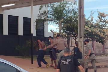 presos aguas1 360x240 - MAIS DE 30 CRIMES: Polícia prende seis pessoas envolvidas com o caso Lázaro Barbosa em Goiás, diz secretário