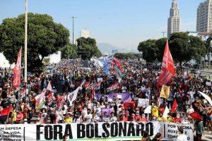 protesto bolsonaro rio ato agencia estado 03072021163624282 300x200 - Oposição, enfim, encontra um xingamento que todos entendem - Por Octavio Guedes