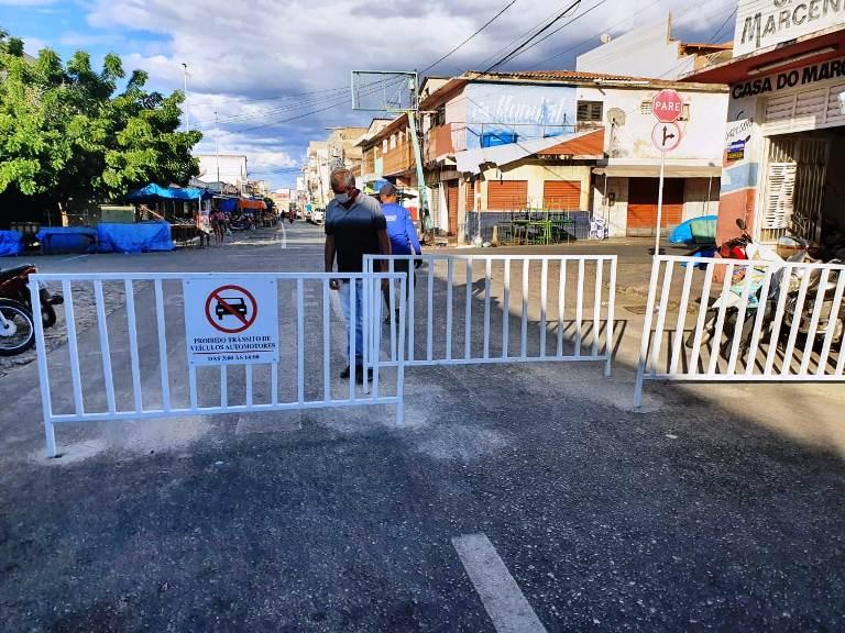 sttrans 8 - Prefeitura de Patos e STTRANS realizam ações de orientação nas principais vias públicas de acesso à Feira Livre neste sábado, 03