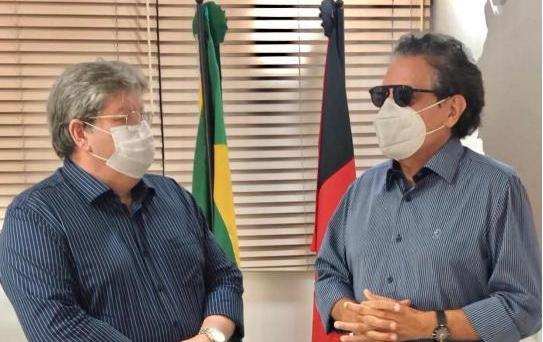 tiao e joao - Mais uma conquista: Tião Gomes celebra ordem de serviço para implantação da PB-085 ligando Arara a Serraria
