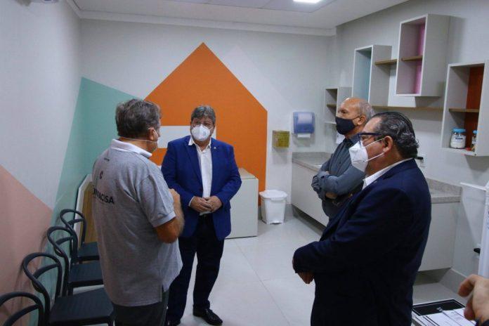 unnamed 16 1 scaled e1625743288213 - Governador da Paraíba se reúne com setor produtivo em CG e visita instituições filantrópicas