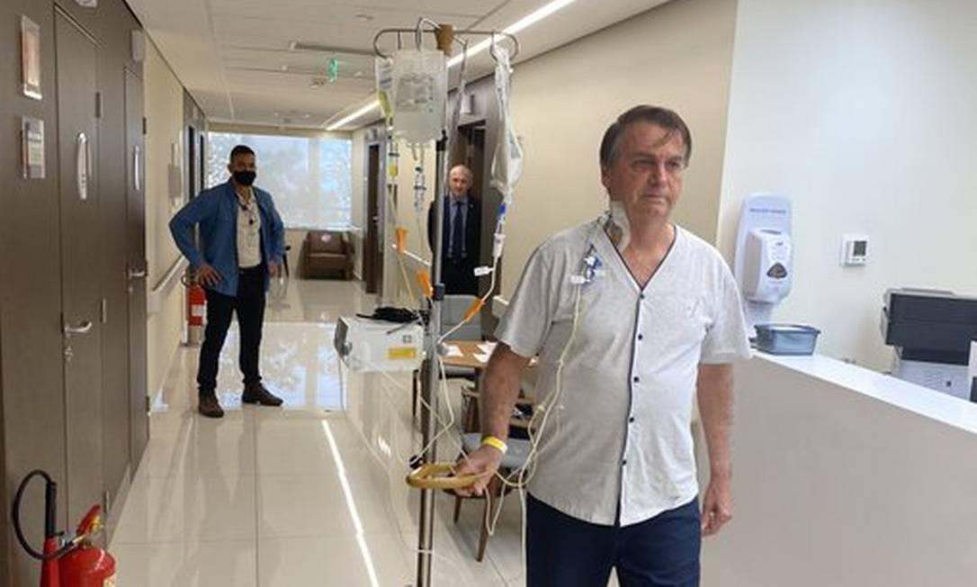xE6bM3G9WEAMdSpl.jpg.pagespeed.ic .NNzETOOdno - Bolsonaro poderá ter alta em até dois dias, afirma cirurgião do presidente
