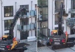 Construtor destrói parte de edifício por causa de dívida de R$ 30 milhões – VEJA VÍDEO