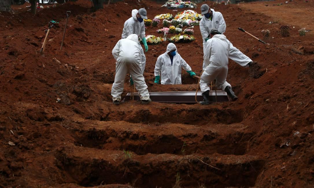 xenterro.jpg.pagespeed.ic .1nHAjbiHWT - Brasil tem mais 1.450 mortes por covid em 24 h, e passa de 540 mil