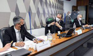 xomar.jpg.pagespeed.ic .IZeYukSs2F 300x180 - Senadores governistas dizem que prisão de Roberto Dias na CPI não tem validade por conta do horário; Entenda