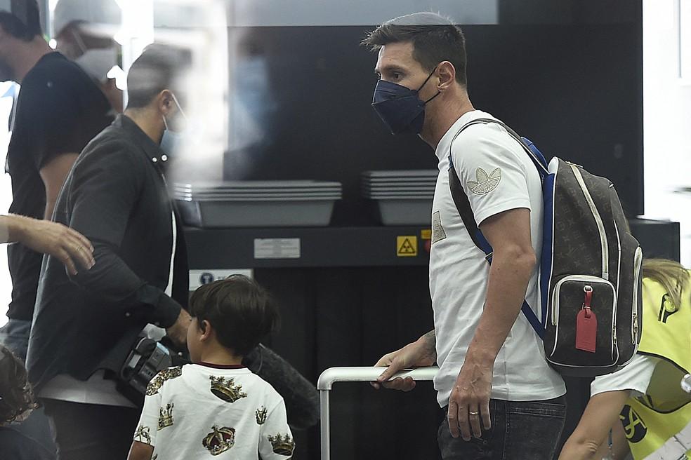 000 9kw9bx - DIA HISTÓRICO! PSG acerta com Messi e craque embarca para a França para assinar contrato