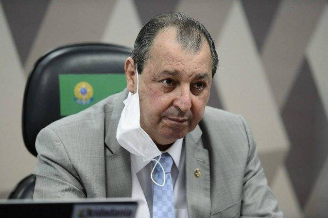 1 omar aziz presidente da cpi 6749722 - Omar Aziz diz que Bolsonaro tenta intimidar Congresso com desfile