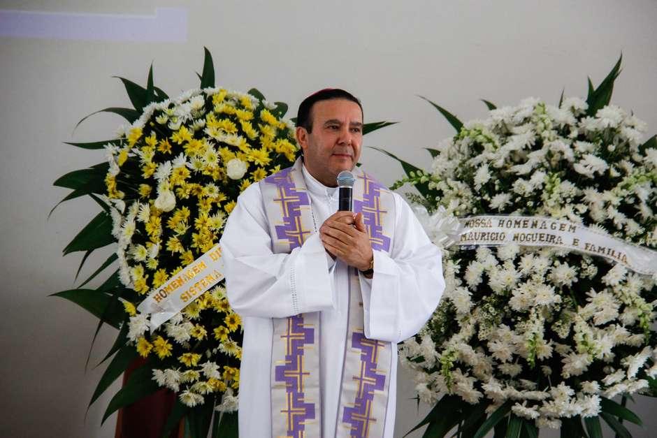 20161204182431669 5 - Papa remove bispo brasileiro que teve vídeo íntimo vazado