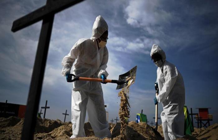 20200910192439272924i - Covid: Brasil registra novo menor número em média de mortes deste ano
