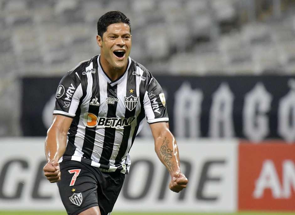 2021 04 27t234906z 2074911818 hp1eh4r1u5s1e rtrmadp 3 soccer libertadores amn adc report - Hulk, Gabigol e Dudu: os super-heróis da Libertadores