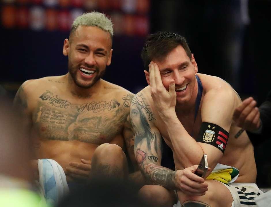 2021 07 11t030035z 2103930247 up1eh7b08cygd rtrmadp 3 soccer copa bra arg report - JUNTOS DE NOVO?! Irmã de Neymar dá boas-vindas para esposa de Messi e aumenta rumores sobre ida do craque ao PSG